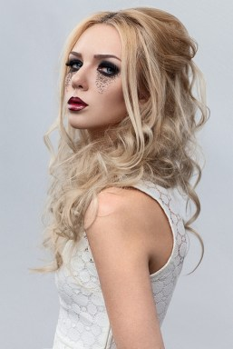 Hairstyles for long hair at wedding Ideas 71