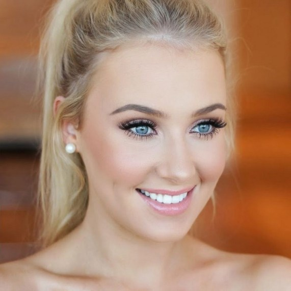Soft and Romantic wedding makeup looks for fair skin 10