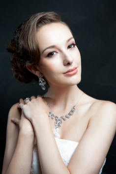 Soft and Romantic wedding makeup looks for fair skin 3