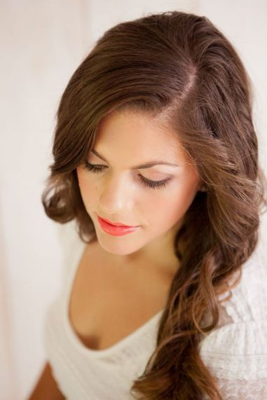 Soft and Romantic wedding makeup looks for fair skin 39