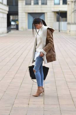 World of jeans cute winter outfits ideas 10