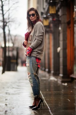 World of jeans cute winter outfits ideas 14