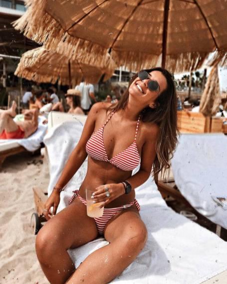 100 Ideas Outfit the Bikinis Beach 122