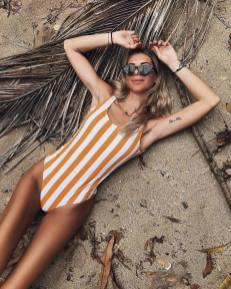 100 Ideas Outfit the Bikinis Beach 141