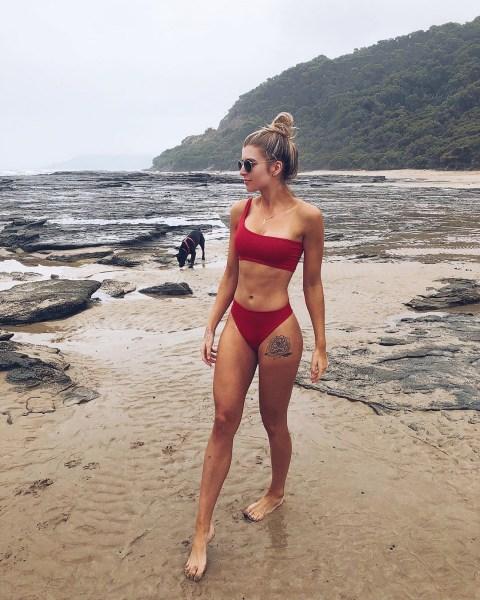 100 Ideas Outfit the Bikinis Beach 154