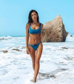100 Ideas Outfit the Bikinis Beach 18