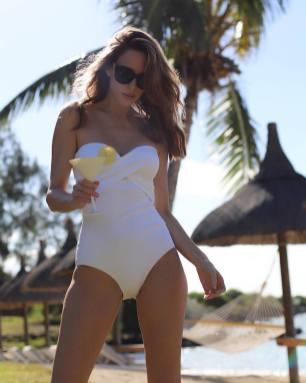 100 Ideas Outfit the Bikinis Beach 8