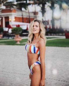 100 Ideas Outfit the Bikinis Beach 9