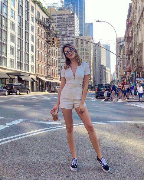 30 Comfortable and Charming Clothing ideas for sightseeing 23