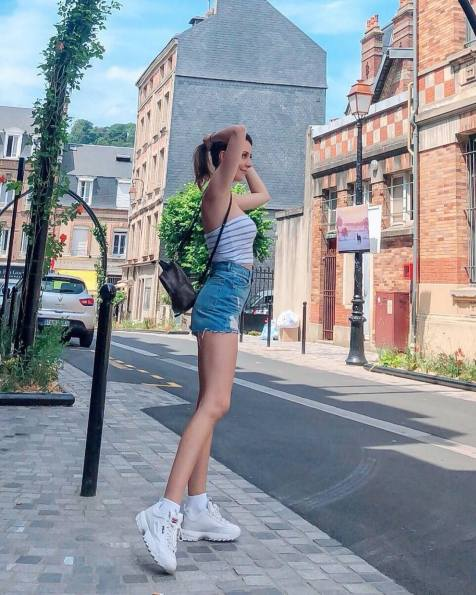 30 Comfortable and Charming Clothing ideas for sightseeing 25