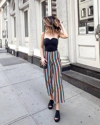 30 Comfortable and Charming Clothing ideas for sightseeing 27