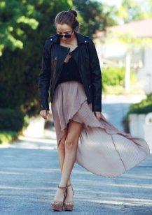 40 Asymmetric Skirts Street Styles Ideas 14