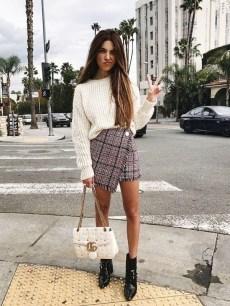 40 Asymmetric Skirts Street Styles Ideas 26