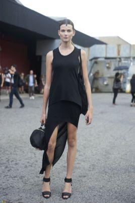 40 Asymmetric Skirts Street Styles Ideas 36