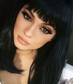 40 Bangs Hairstyles You Need to Try Ideas 14