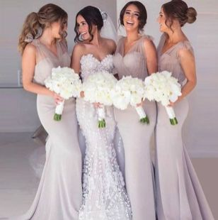 40 Bridesmaid with Mermaid Dresses to Copy Ideas 9