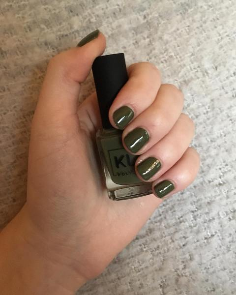 40 Chic Green Nail Art Ideas 2