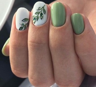 40 Chic Green Nail Art Ideas 22