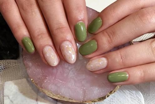 40 Chic Green Nail Art Ideas 37