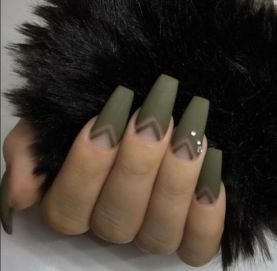 40 Chic Green Nail Art Ideas 39