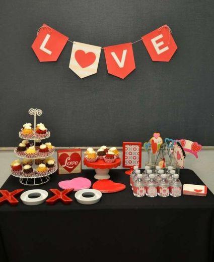 40 Chic Valentine Party Decoration Ideas 22