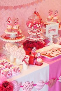 40 Chic Valentine Party Decoration Ideas 37