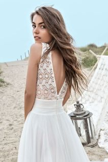40 Deep V Open Back Wedding Dresses Ideas 5