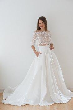40 Einfache Crop Top Brautkleider Ideen 30