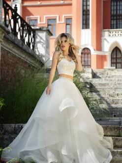 40 Einfache Crop Top Brautkleider Ideen 40