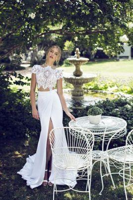 40 Einfache Crop Top Brautkleider Ideen 46