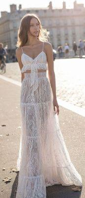 40 Einfache Crop Top Brautkleider Ideen 48