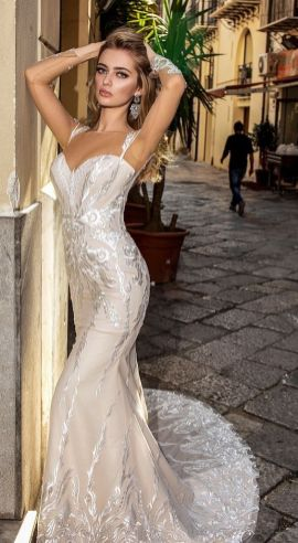 40 Fit and Flare With Long Train Wedding Dresses Ideas 31