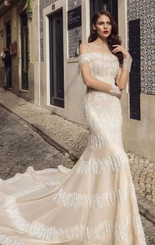 40 Fit and Flare With Long Train Wedding Dresses Ideas 40