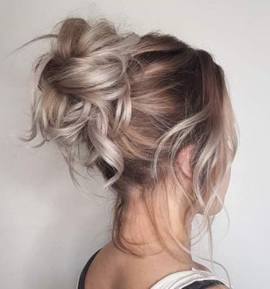40 High Messy Bun Hairstyles Ideas 21