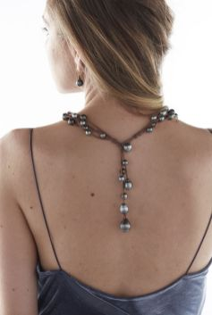40 How to Wear a Pearl Necklace Ideas 11