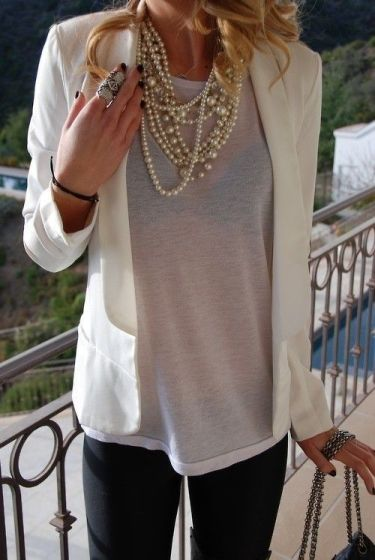 40 How to Wear a Pearl Necklace Ideas 20