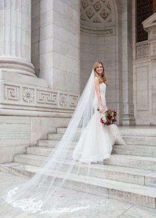 40 Long Viels Wedding Dresses Ideas 18