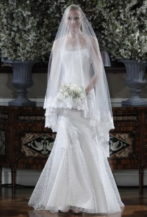 40 Long Viels Wedding Dresses Ideas 35