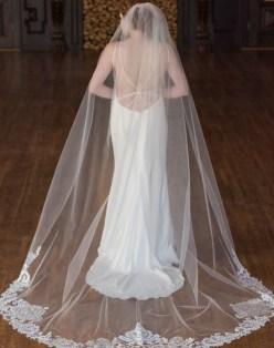 40 Long Viels Wedding Dresses Ideas 38
