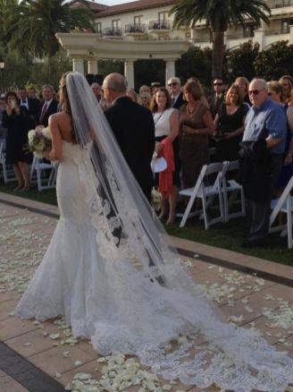 40 Long Viels Wedding Dresses Ideas 5