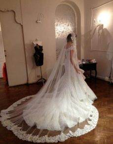 40 Long Viels Wedding Dresses Ideas 9
