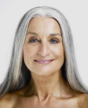 40 Makeup for Women Over 50 Ideas 14