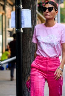 40 Pink T Shirt Street Styles Ideas 14