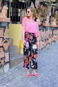 40 Pink T Shirt Street Styles Ideas 29