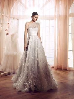 40 Shimmering Bridal Dresses Ideas 17