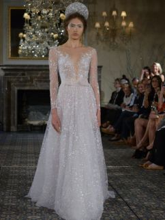 40 Shimmering Bridal Dresses Ideas 23