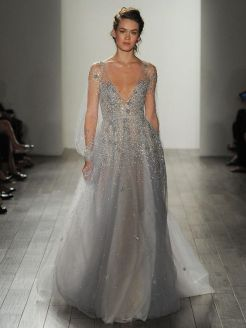 40 Shimmering Bridal Dresses Ideas 30