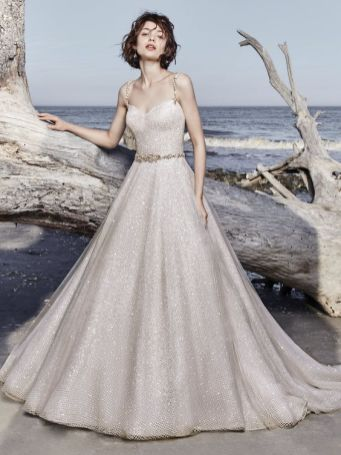 40 Shimmering Bridal Dresses Ideas 32