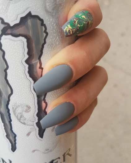 40 Simple Grey Nail Art Ideas 24 2
