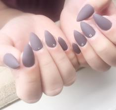 40 Simple Grey Nail Art Ideas 27 2